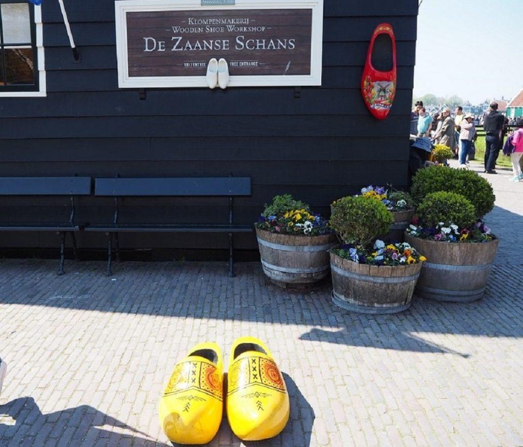 ザーンセ・スカンスの木靴のオブジェ