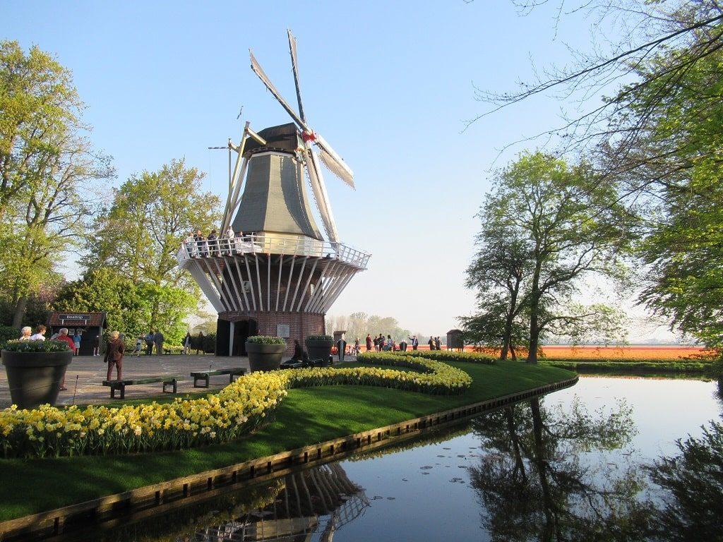 キューケンホフ公園の風車
