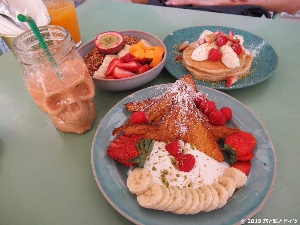 「nicolau-cafe」のメニュー