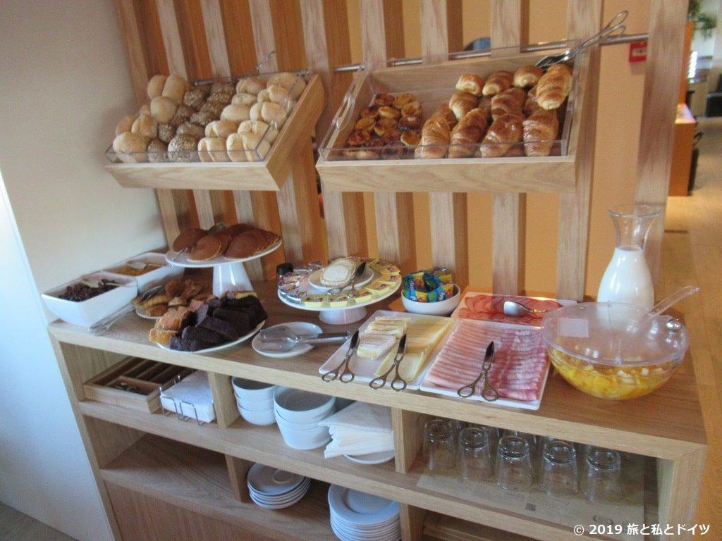 ポルトのホテルの朝食