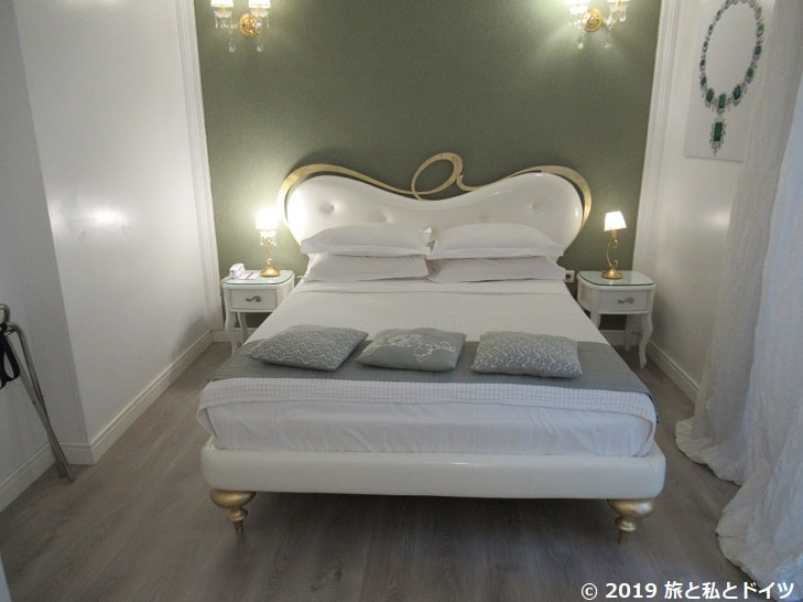 アテネのホテル【Athens Diamond Plus】の部屋の様子