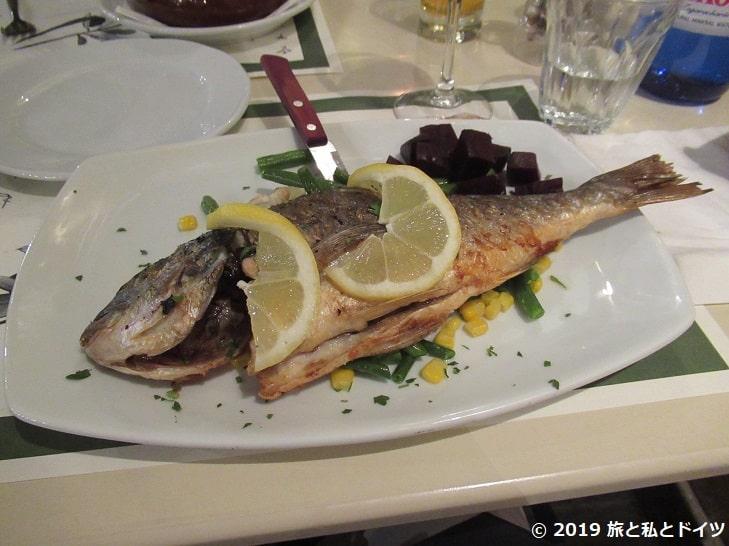 レストラン【Lithos】でオーダーした魚のグリル