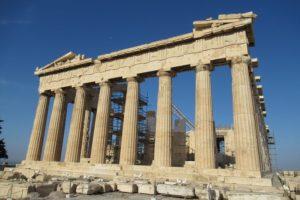 パルテノン神殿の正面