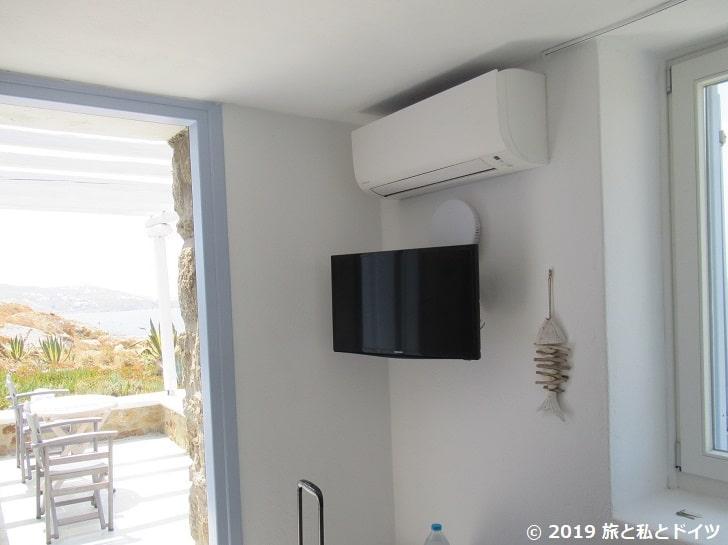 ホテル「Villa margarita」の部屋のテレビ