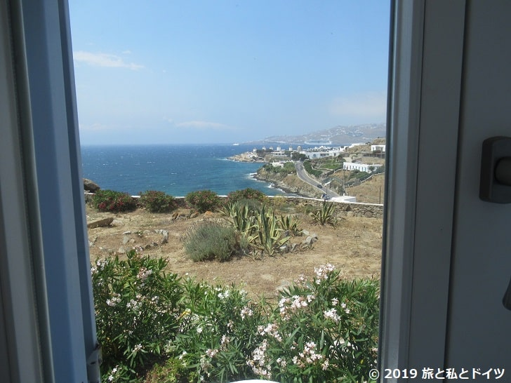 ホテル「Villa margarita」の部屋の窓からの眺め
