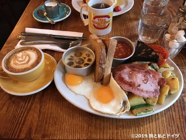 「朝食クラブ」のメニュー一例