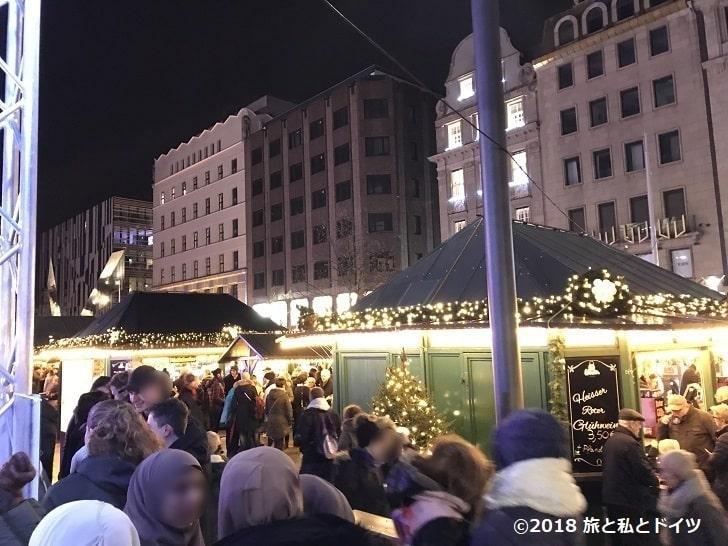 デュッセルドルフのクリスマスマーケット18時