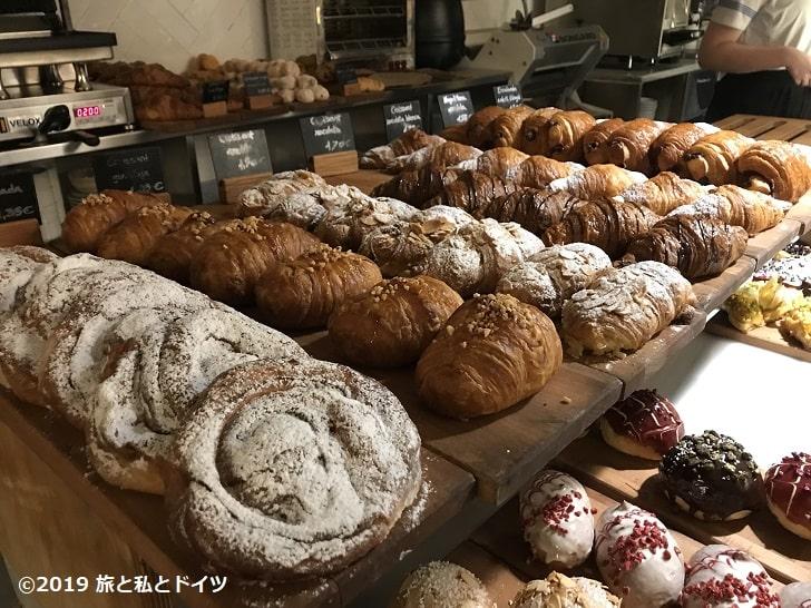 ホテル「プラクティーク ベーカリー」のパン