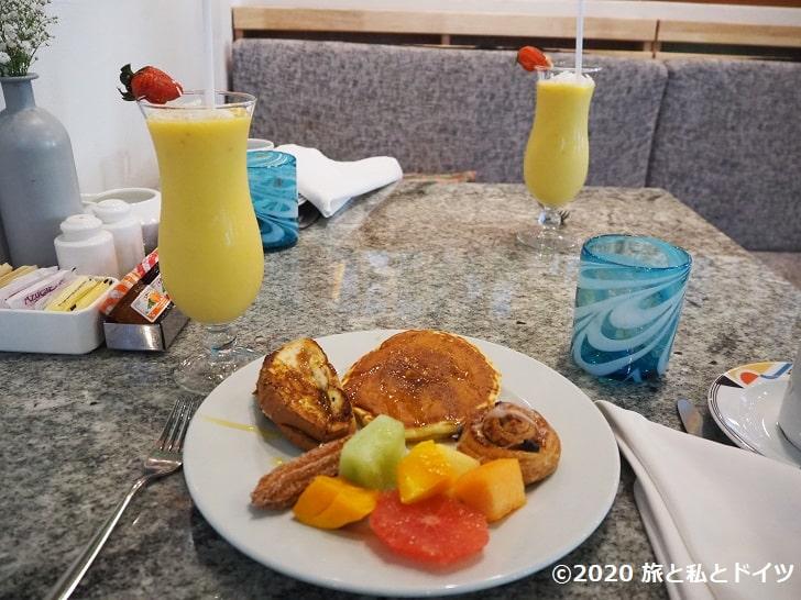 ライブアクアビーチリゾートカンクンの朝食バイキング