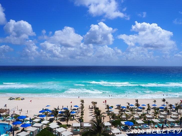 ライブアクアビーチリゾートカンクンの部屋のテラスからの眺望
