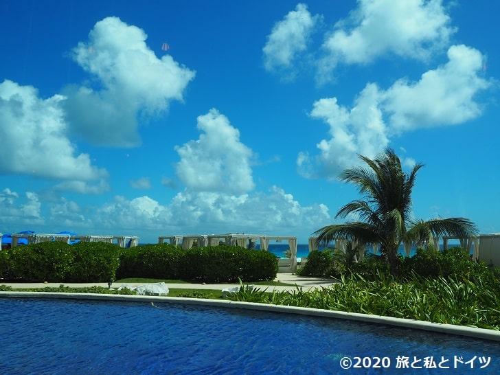 ライブアクアビーチリゾートカンクンのレストラン「SIETE」からの景色