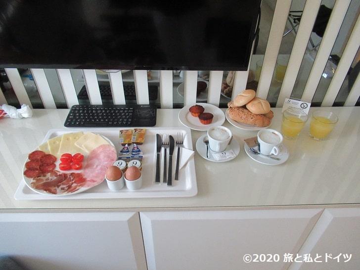 「ホテル9」の朝食