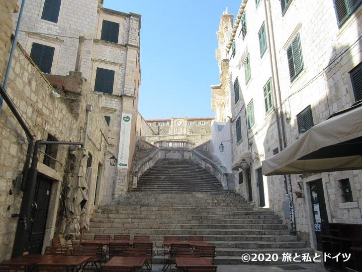 ドブロブニク旧市街の大階段