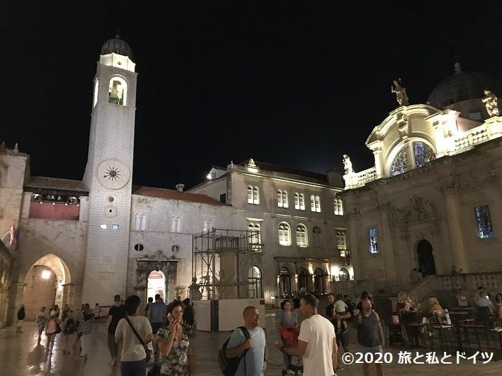 ドブロブニク旧市街の夜景