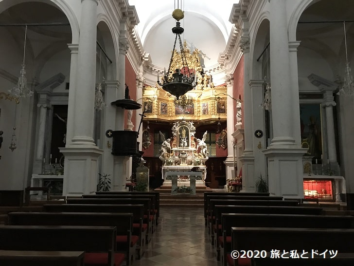 聖ヴラホ教会内部