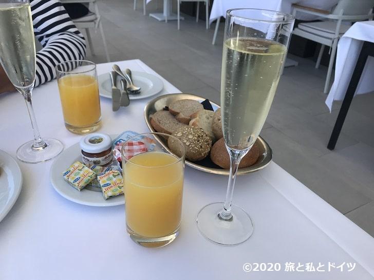 「ホテルエクセルシオール」の朝食